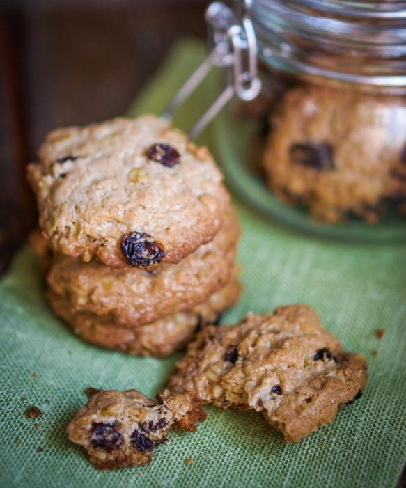 Oatmeal Raisin Cookie Scented Candle